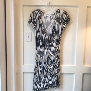Lucy and Laurel faux wrap dress